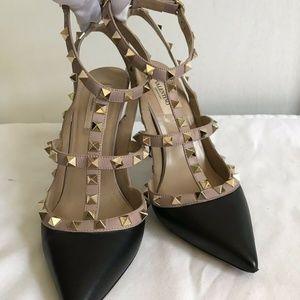 VALENTINO Black/ Beige Leather Rockstud High Heels